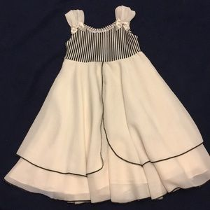 KIDS DREAM Special Occasion Dress Size 4